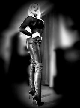 Lady Skotia - Escort dominatrix Zurich 14