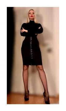 Goddess Lady Skotia - Escort dominatrix New York City 2