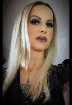 Mistress Stella - Escort bizarre lady Hamburg 1
