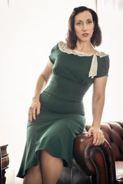 Elise Wagner - Escort lady London 5