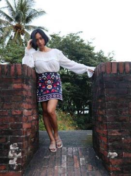 Clara Vinzons - Escort lady Manila 5