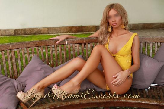 Monica - Escort lady Fort Lauderdale 4