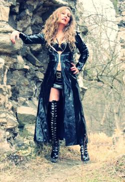 Lady Cesara - Escort dominatrixes Berlin 1