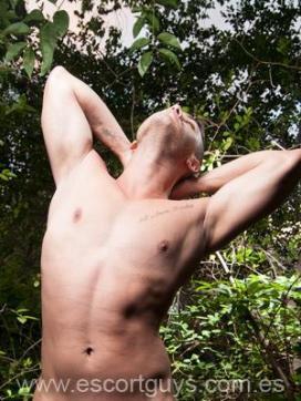Horny latin - Escort gay Barcelona 4