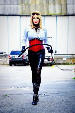 Mistress Alegra - Escort dominatrix Zurich 4