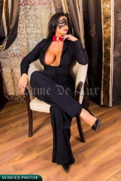 Laura28 - Escort lady Bucharest 3