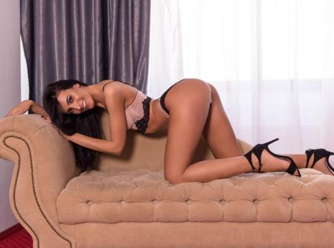 Ryanna - Escort lady Amsterdam 3
