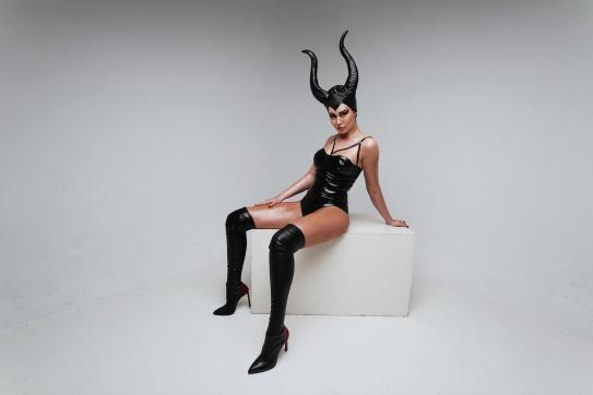 Mistress Naorys - Escort dominatrix Athens 2