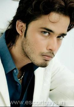 Arik Alex - Escort gays Islamabad 1