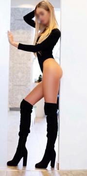Alexis Aden - Escort lady Munich 3