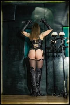 MadameKALI - Escort bizarre lady Berlin 10