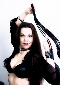 MadameKALI - Escort dominatrix Dortmund 11