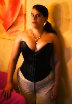 DominaAktiva Sara - Escort dominatrix Frankfurt 4
