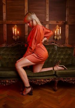 Lola - Escort lady Berlin 3