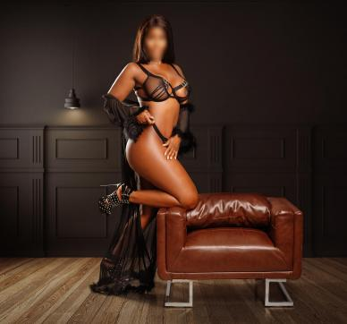 Amira - Escort lady Hamburg 2