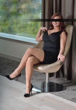 Yasmin - Escort lady Essen 3