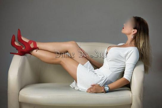 Larisa - Escort lady Bucharest 4