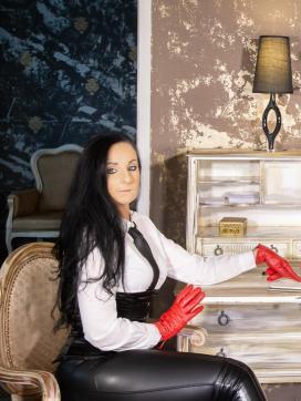 Mistress Luciana - Escort dominatrix Luxembourg City 3