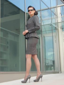 Estelle - Escort lady London 5