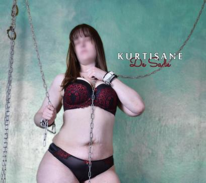 Kurtisane de Sade - Escort female slave / maid Essen 3