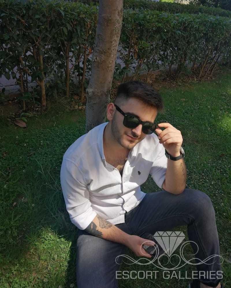 mete bey (21) - Escort Herren in Istanbul