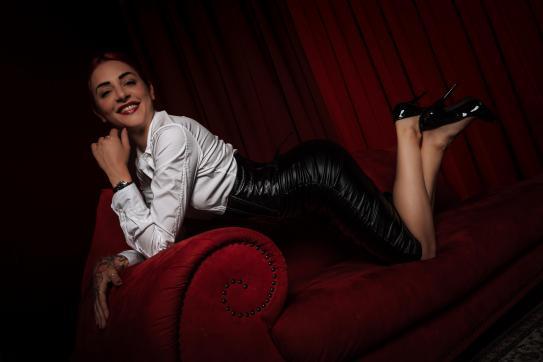 Lady Ariel - Escort dominatrix Lugano 6