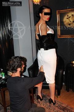 Miss Alexa LaVey - Escort dominatrix Vienna 4
