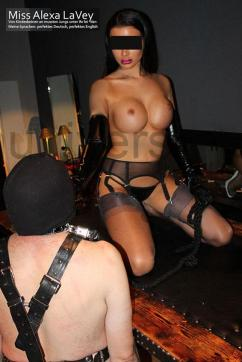 Miss Alexa LaVey - Escort dominatrix Vienna 7