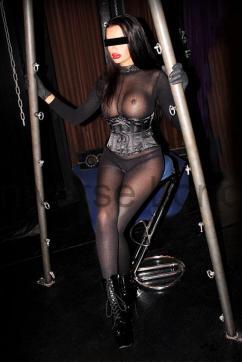 Miss Alexa LaVey - Escort dominatrix Vienna 9