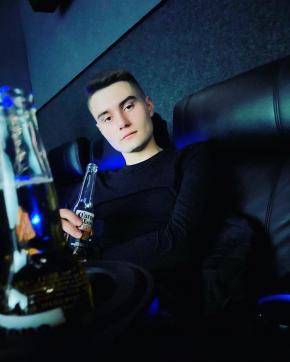 Anton - Escort gay Kiev 3