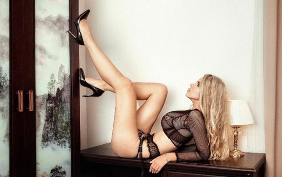 Polina GFF - Escort lady New York City 3