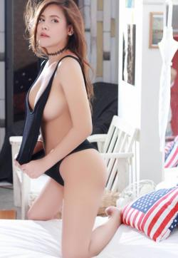 August - Escort lady Hong Kong 1