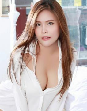 August - Escort lady Hong Kong 3