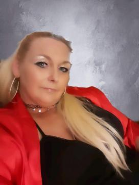 Reina - Escort dominatrix St. Louis MO 7