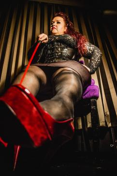 Christin - Escort dominatrix Hagen 10