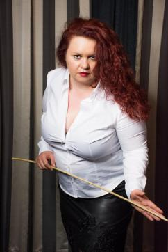 Christin - Escort dominatrix Hagen 2
