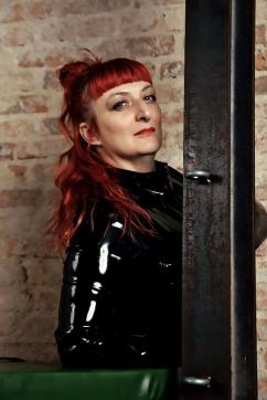 MadameX - Escort bizarre lady Berlin 4