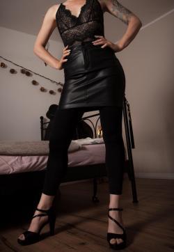 Fräulein Donna Dea - Escort dominatrix Husum 1