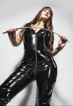 Domina Lucine Diaz - Escort dominatrix Zurich 1