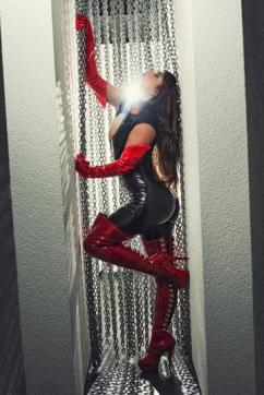 Domina Lucine Diaz - Escort dominatrix Uster 13