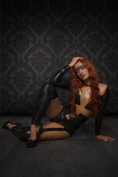 Domina Lucine Diaz - Escort dominatrix Zurich 2