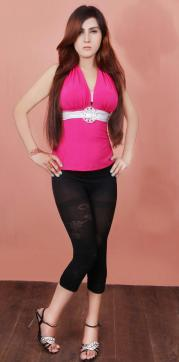 Jiya Bassi - Escort lady Pune (Poona) 2