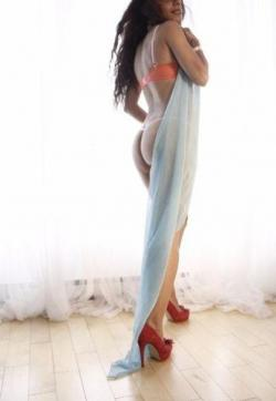Habibi - Escort lady Montreal 2