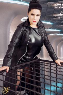 Madame Irina - Escort dominatrix Berlin 3
