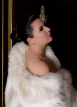 Madame Irina - Escort dominatrix Berlin 7