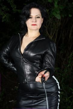 Madame Irina - Escort dominatrix Berlin 9