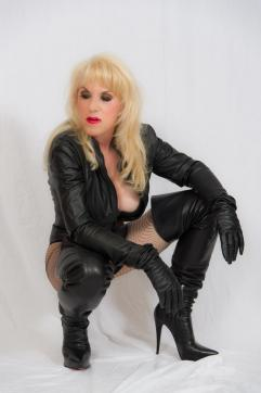 Domina Mistress Solitaire - Escort dominatrix Frankfurt 11