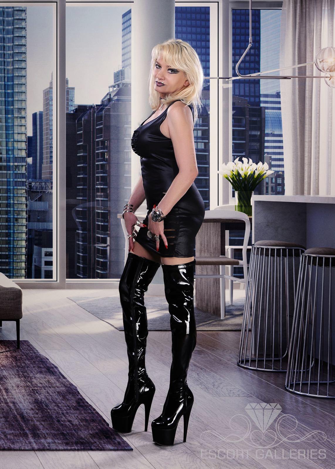 Pamela De Rossi Porn
