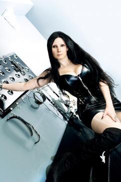 Mia Darkana - Escort dominatrix Geneva 5