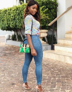 Sweet Anika - Escort lady Abuja 6